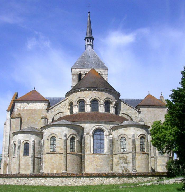 Abbaye_Saint_Benoit_de_Fleury_45730