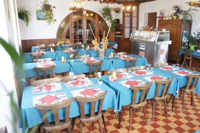 Hotel-restaurant-de-la-Place-Germigny-des-Pres-2020–9–2