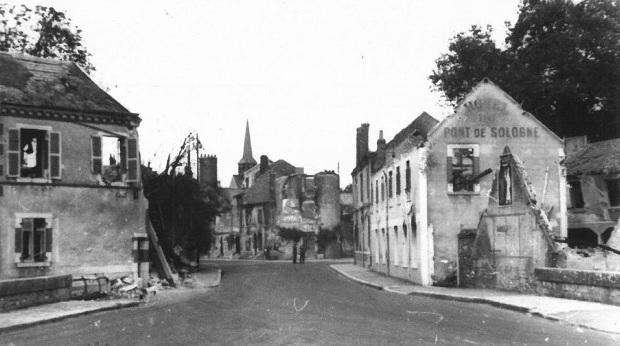 Rue Porte de Sologne – Après bombardements Juin 1940