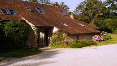 gîte_Les_Sentieres_Cerdon-du-Loiret_maison_exterieur