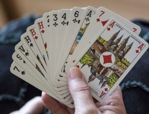 playing-cards-1252374-640-1-